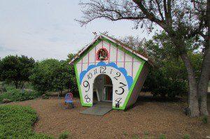 Cuckoo Bird Playhouse, San Antonio Botanical Garden
