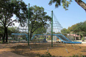 Net play structure in Yanaguana Garden at Hemisfair | Alamo City Moms Blog