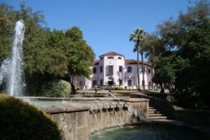 A beautiful picture spot in front of the McNay.