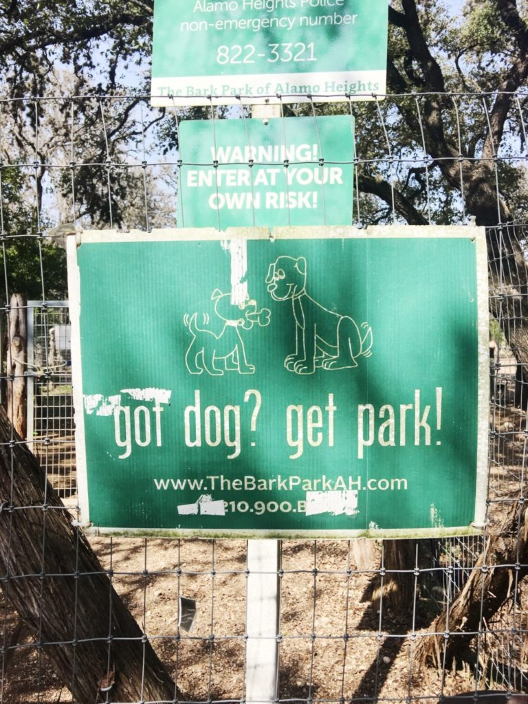 dog-friendly-places-in-san-antonio-bark-park