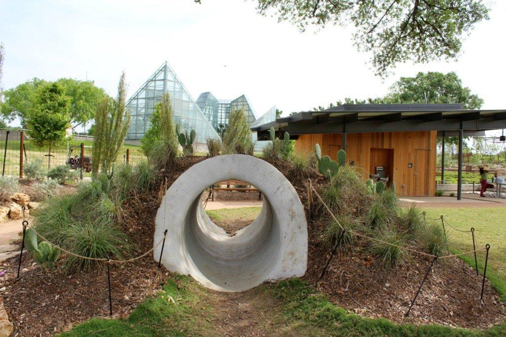 Backyard Explore at the Family Adventure Garden at the San Antonio Botanical Garden | Alamo City Moms Blog