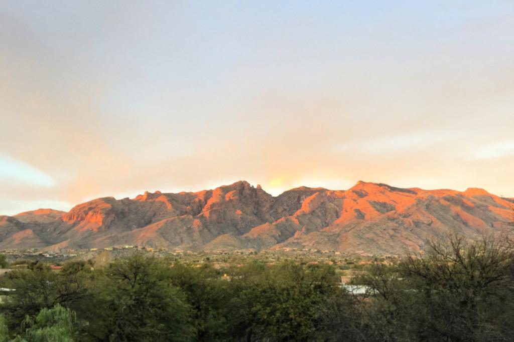 Mountains over Tucson, Arizona | Alamo City Moms Blog